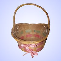 Lovely Gathering Basket Hand Woven with Pin  Ribbon Home Decor Accent