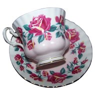 Royal Albert Rose Themed Tea Cup / Teacup Saucer Set MI England Lakeside Series Windermere