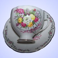 Pretty Mixed Bouquet of Flower Colclough Bone China England Teacup & Saucer