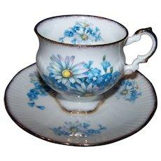 Pretty Blue Floral Themed Tea Cup & Saucer Set Elizabethan Fine Bone China England