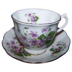 Sweet Royal Albert Purple Floral Tea Cup & Saucer Set England