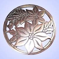 """Christmas Trivet Poinsettia Cast Iron Copper Finish Round Heavy Wall Hanging 7"""""""
