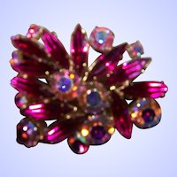 Pretty Vintage Fuchsia Pink Aurora Borealis mix on this Rhinestone Brooch / Pin