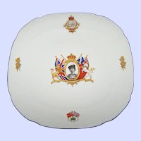 Vintage ROYALTY COLLECTIBLE Queen Elizabeth Coronation Plate Alfred Meakin England
