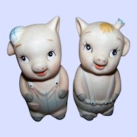 Sweetest Little Bisque Porcelain Piggy Pig Salt & Pepper Spice Shakers