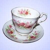 Pretty Paragon Fine Bone China Tea Cup & Saucer English Flowers Carnations