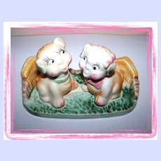 Vintage Fido & Flossie Dog Salt & Pepper Shakers Dog House Platform