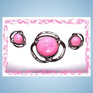 What A Pretty In Pink  Modernist Real  Gem Stone  Demi-Parure Brooch Earring Set