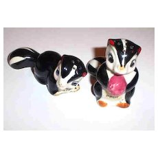 Stinky & Pfui Skunk Salt & Pepper Shakers