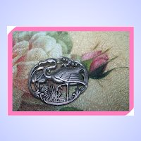 Wonderfully Detailed  Flamingo Brooch / Pin Classic Pose