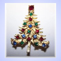 Vintage Christmas Tree Rhinestone Pin / Brooch