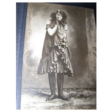 Unusual Sepia Photograph Cabinet Card Young Lady