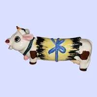 CUTE Onesie Ceramic  Moo Cow Salt Pepper Shaker