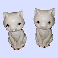 Sweet Ceramic Kitty Cat Salt Pepper Shakers Japan