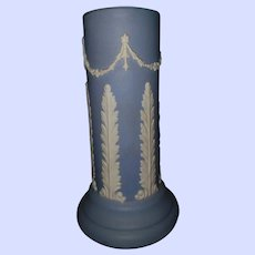 "Vintage Blue ECanada Art Pottey  7 3/4"" Vase"