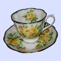 Royal Albert  England Teacup Saucer Yellow Tea Rose