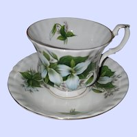 Royal Albert Bone China England Trillium Teacup Saucer
