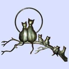 Charming Brass Kitty Cat and Kittens Wall Art Metalware Sculpture