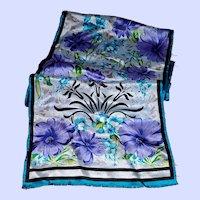 Designer Signed Oscar de la Renta  Silk Fringed Scarf Floral