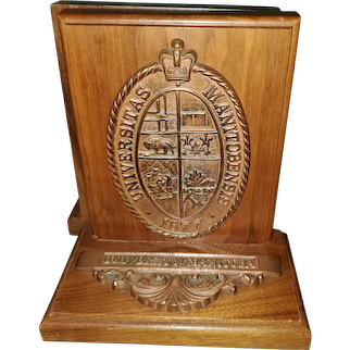 Vintage Collectible Wood Metal University of Manitoba Bookends