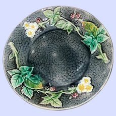 SMALL vintage Embissed Bowl Dish 6 inches across Majolica