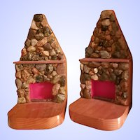 VTG Pebble Stone Wood Folk Art Fireplace Bookend Set