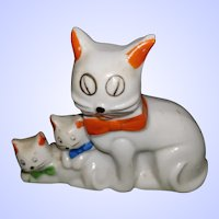 Sweet Little Made in Occupied Japan Mommy Kitty &Baby Kittens Figurine As IS