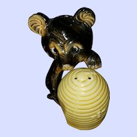 Sweet Ceramic Honey Bear Beehive Salt Pepper Shakers