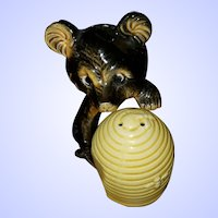 Sweet Ceramic Honey Bear Beehive Salt Pepper Shakers