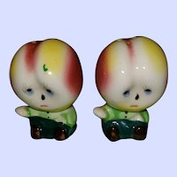 Sweet Ceramic  Anthropomorphic Veggie Salt & Pepper Spice Shakers Japan