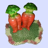Sweet Vintage Range Style Carrot Salt Pepper Spice Shakers
