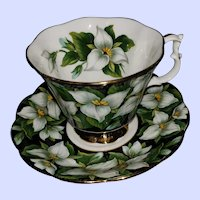 Royal Albert  England Teacup Tea Cup and Saucer Flora Series Trillium