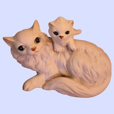 Sweet Collectible Napcoware Ceramic Kitty Cat Momma and Baby Figurine
