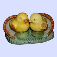 SWEET Hand Painted Chick Salt Pepper Spice Shakers with Stand