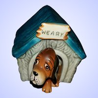 WEARY Puppy Doghouse Salt and Pepper Spice Shakers Japan