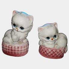 SWEET Ceramic Kitty Cat Woven  Pink Basket Salt Pepper Shakers