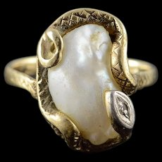 14K Victorian Egyptian Revival Snake Wrapped Pearl Ring Size 5 Yellow Gold [QWQX]