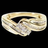10K 0.55 Ctw Diamond Encrusted Wavy Engagement Ring Size 7.25 Yellow Gold [QWXK]