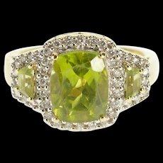 14K 3.90 Ctw Peridot Diamond Halo Three Stone Ring Size 6.75 Yellow Gold [QWQX]