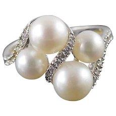 14K 4 Pearl 0.10 CTW Diamond Wrapped Ring Size 6 White Gold [QWXK]