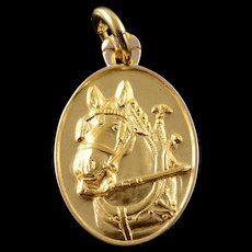 10K Horse Carriage Ride Buggy Oval Hollow Charm/Pendant Yellow Gold  [QWQC]