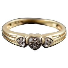 10K Diamond Inset Three Heart Cluster Grooved Ring Size 6 Yellow Gold [QWXS]