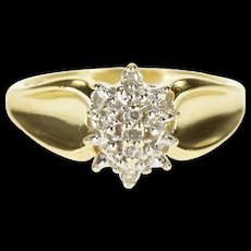 10K Diamond Encrusted Pointed Clustered Ring Size 7 Yellow Gold [QRXQ]