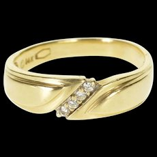 14K Diamond Inset Diagonal Men's Wedding Band Ring Size 11.75 Yellow Gold [QRXQ]