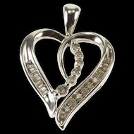 10K Diamond Encrusted Wavy Heart Pendant White Gold  [QWXP]