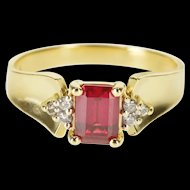 14K Emerald Cut Syn. Ruby Diamond Accented Curved Ring Size 8 Yellow Gold [QWXP]