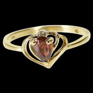 10K Pear Cut Garnet Diamond Accented Wavy Trim Ring Size 6.5 Yellow Gold [QWXP]