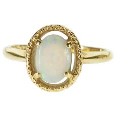 14K Syn. Opal Oval Prong Set Textured Trim Ring Size 5.5 Yellow Gold [QRXF]