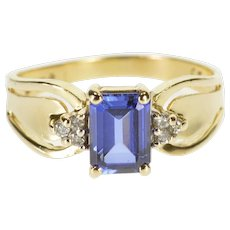 14K Emerald Cut Syn. Sapphire Diamond Cluster Accent Ring Size 9 Yellow Gold [QWQX]