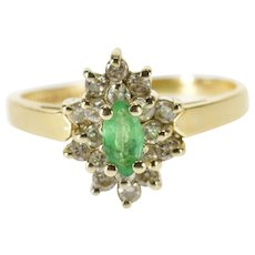 14K Oval Emerald Pointed Diamond Halo Cluster Ring Size 5.25 Yellow Gold [QWQX]